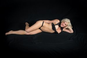 Oreane independent escort in Horsham