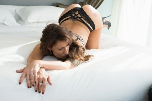 Mary-paule milf outcall escort