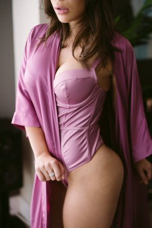 Lynce independent escort in Fargo ND